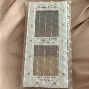 ❥ Beauty Bakerie brownie bar palette ❥